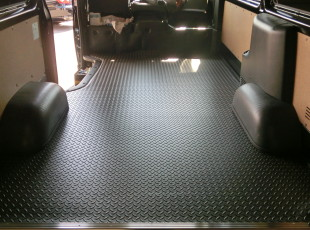 LINES「床貼りKIT」取付事例